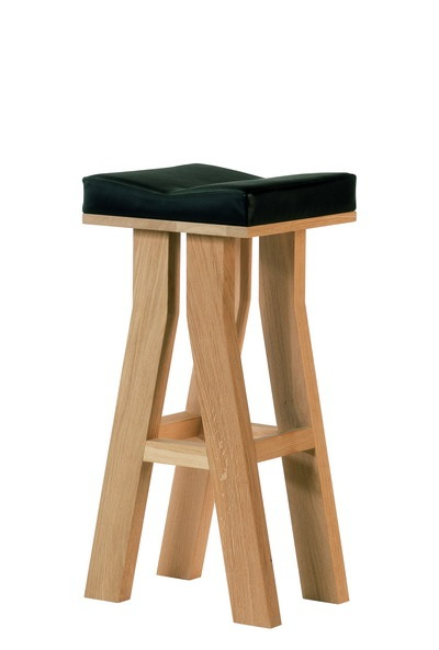 Mighty Mac bar stool BG.jpg_ade88a5da837196651121c085048c50b314.jpg